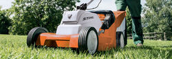 RMA 410 C   Battery operated Cordless Lawn Mower